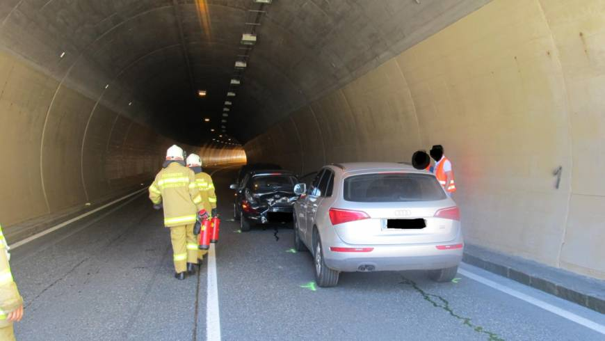 Aufräumen nach Verkehrsunfall